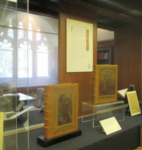 Two of the Kranz bindings of The Complete Works of Elbert Hubbard on exhibit in cases